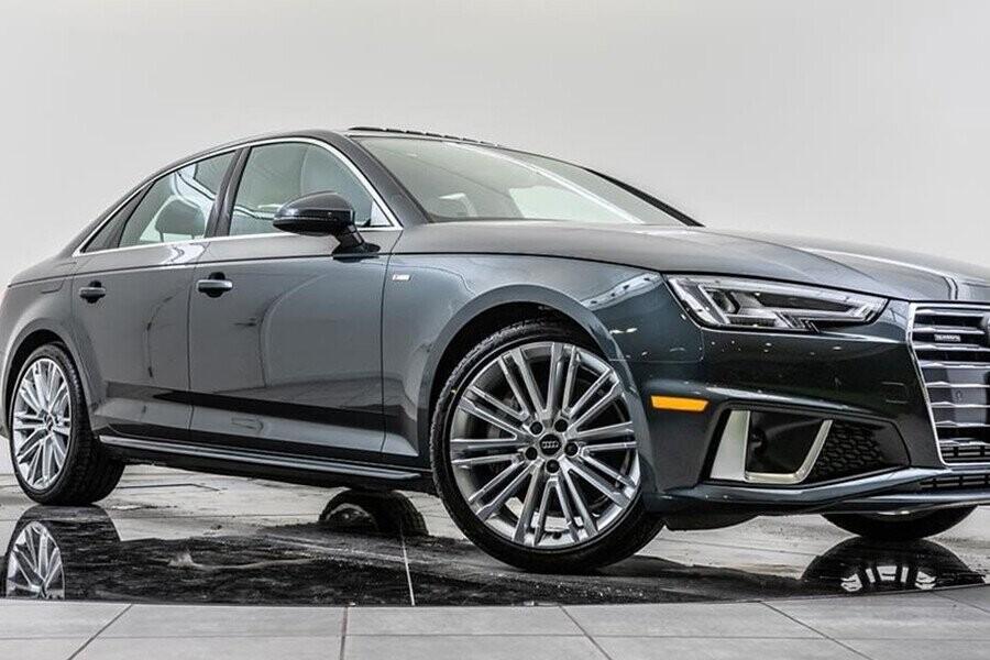 Audi A4 thiết kế kết hợp hài hòa giữa sự sang trọng, tiện nghi