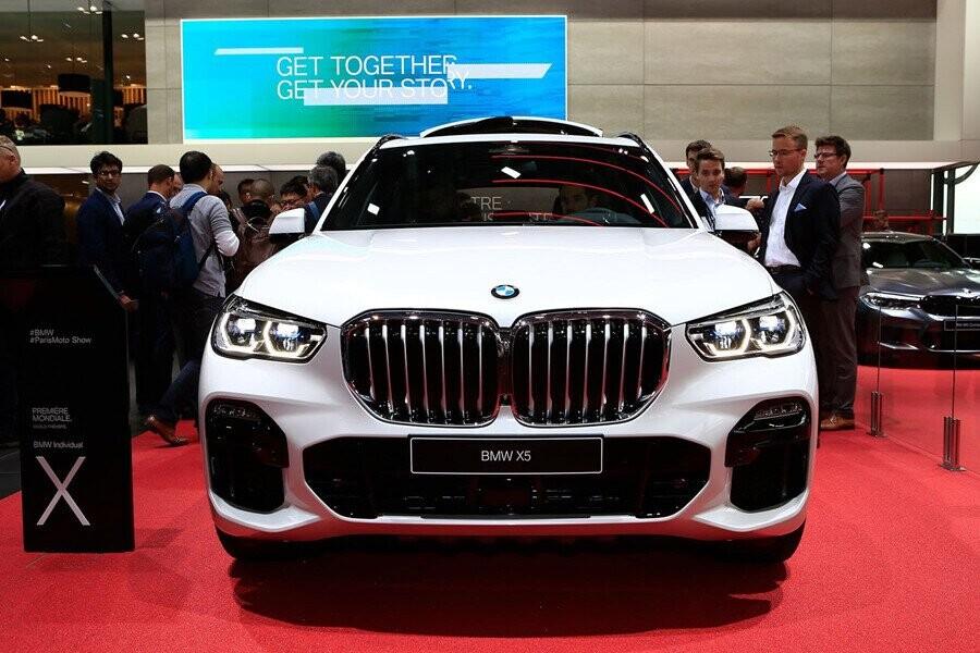 BMW X5 thế hệ thứ 4 của X5 sở hữu dáng vẻ to lớn, sang trọng