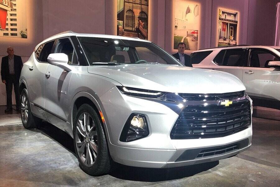 Chevrolet Blazer 2019 mạnh mẽ