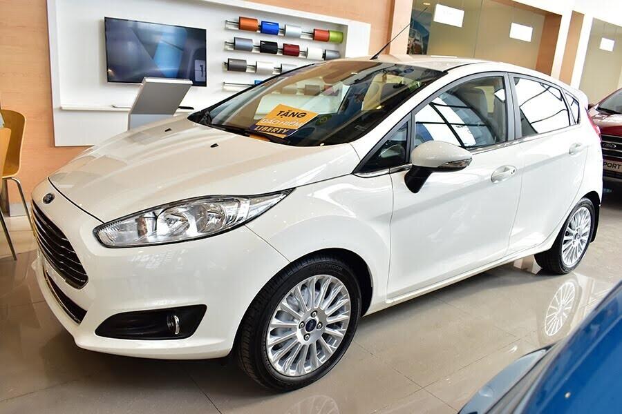 Ford Fiesta 1.5L  AT Sport -  Đậm cá tính dù nhỏ người