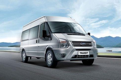 Ford Transit 2018 mẫu xe thương mại lý tưởng cho việc vận chuyển hành khách.