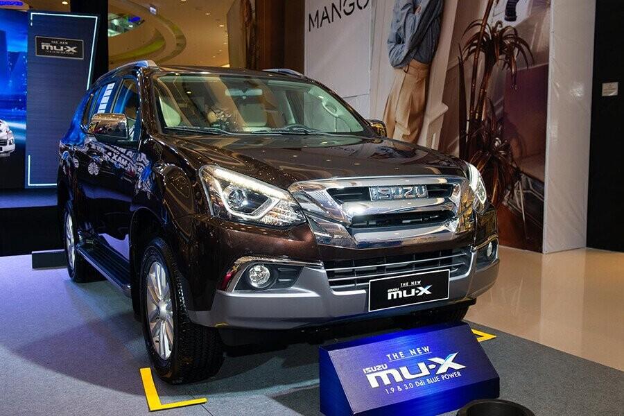 Isuzu MU-X 2019 là chiếc SUV 7 chỗ