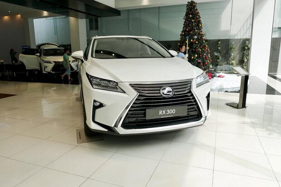 Lexus sở hữu ngoại hình hầm hố