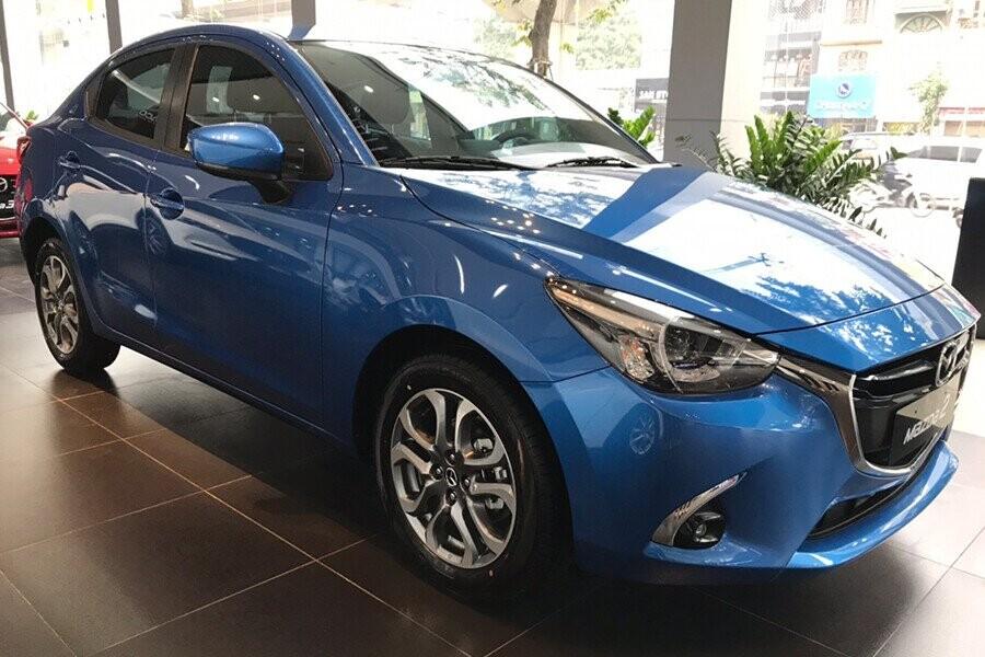 Mazda 2 thiết kế phong cách hiện đại trẻ trung sáng tạo từng chi tiết