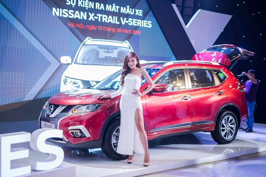 Nissan X-Trail đem đến khái niệm hoàn toàn mới về một chiếc crossover đẳng cấp, hội tụ vẻ mạnh mẽ truyền thống cùng nét cá tính hiện đại