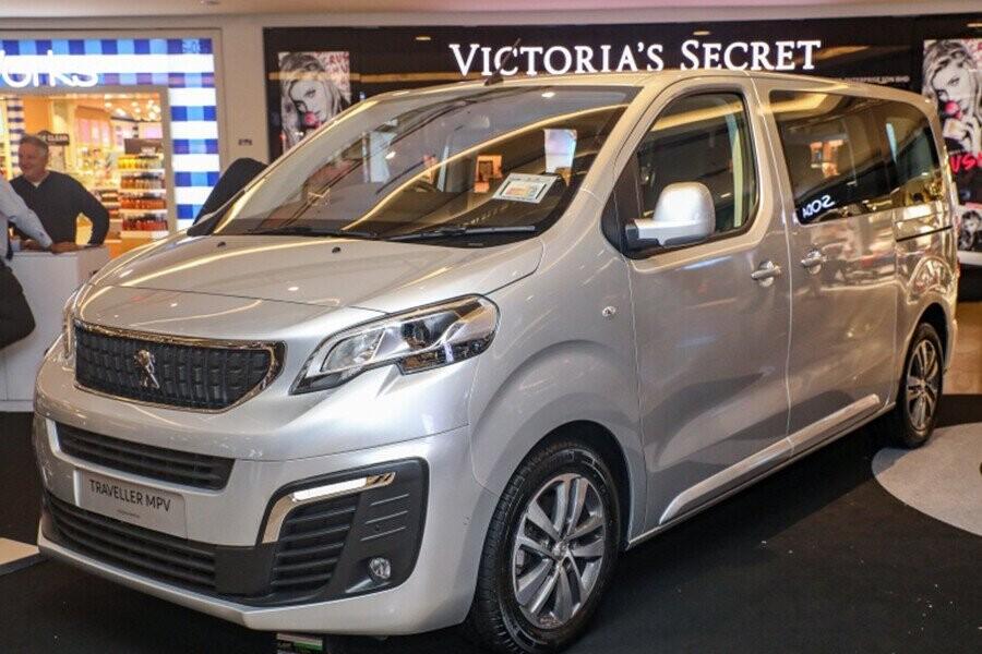 Peugeot Traveller 2019 sở hữu rất nhiều ưu điểm nổi bật