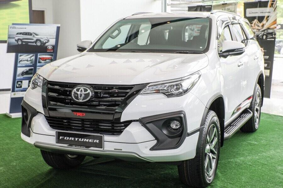 Toyota Fortuner thiết kết hiện đại