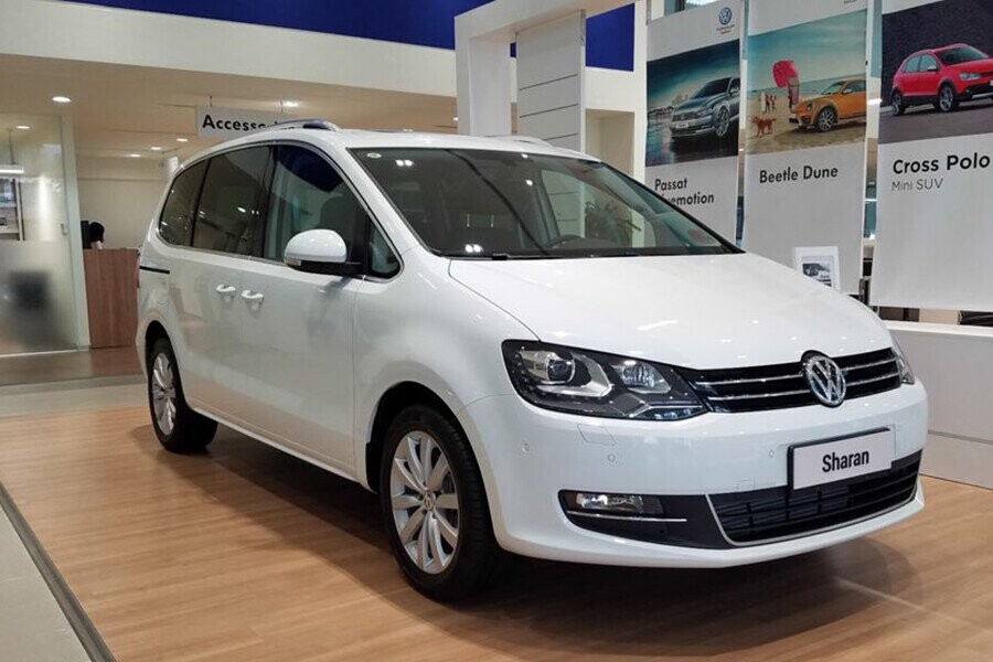 Ấn tượng cho người ngồi trong khoan nội thất của Volkswagen Sharan đó là sự rộng rãi tuyệt đối