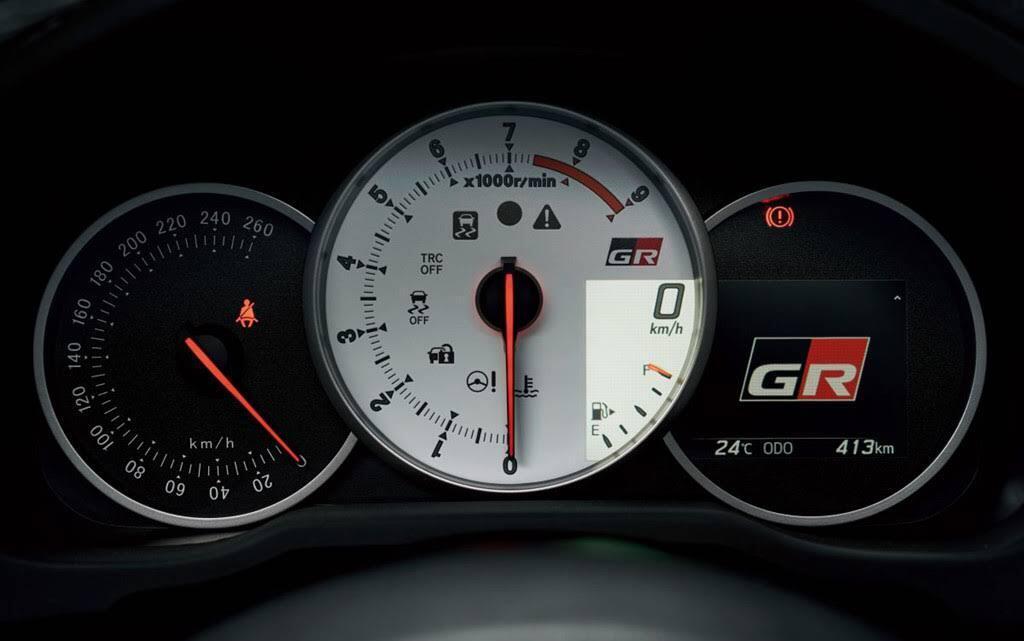 Toyota 86 GR Sport diện mạo bắt mắt hơn, giá từ 34.000 USD - Hình 4