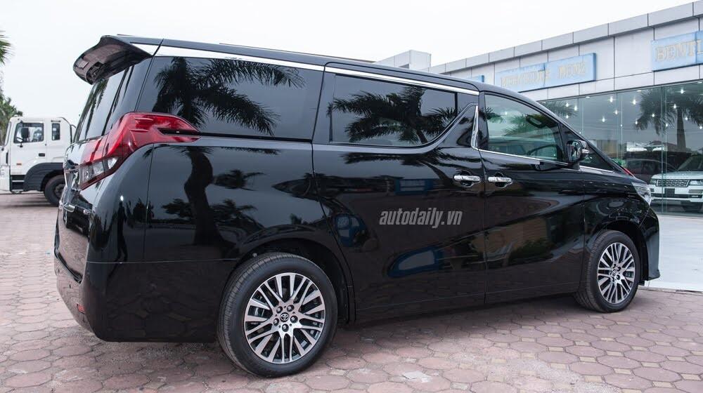 Toyota Alphard sắp ra mắt tại Việt Nam, giá 4 tỷ đồng? - Hình 2