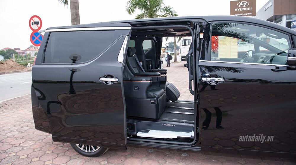 Toyota Alphard sắp ra mắt tại Việt Nam, giá 4 tỷ đồng? - Hình 7