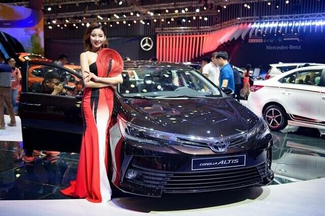 Toyota Altis 2017 ở Việt Nam lộ giá khởi điểm 640 triệu đồng - Hình 1