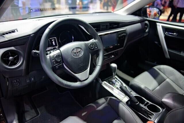 Toyota Altis 2017 ở Việt Nam lộ giá khởi điểm 640 triệu đồng - Hình 2