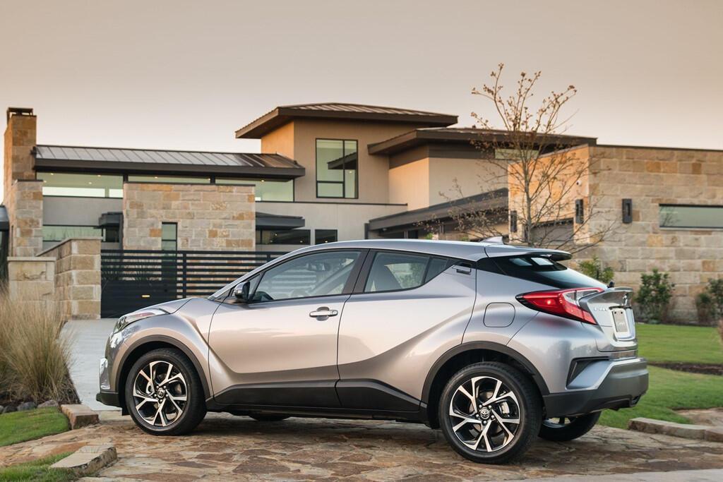 Toyota C-HR 2019 sẽ hiện đại hơn, giá từ 22.000 USD - Hình 5