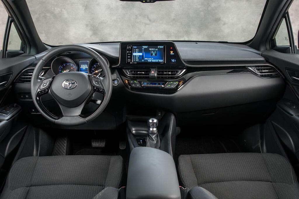 Toyota C-HR 2019 sẽ hiện đại hơn, giá từ 22.000 USD - Hình 6