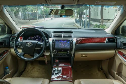 Toyota Camry 2013 - có gì ở tầm giá hơn 900 triệu tại Việt Nam? - Hình 3