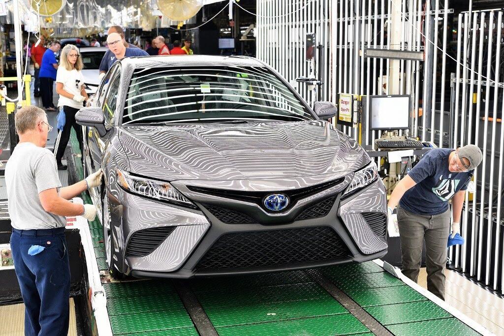 Toyota Camry 2018 bắt đầu sản xuất tại nhà máy Kentucky - Hình 11