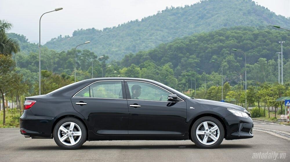 """Toyota Camry 2.5Q 2015: Xe cho """"sếp"""" trẻ - Hình 3"""