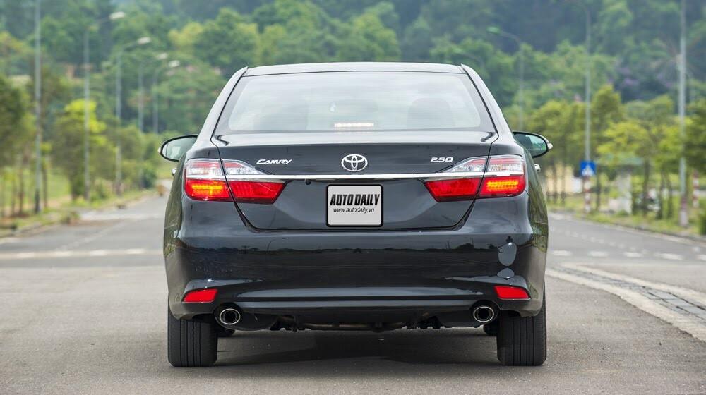 """Toyota Camry 2.5Q 2015: Xe cho """"sếp"""" trẻ - Hình 4"""