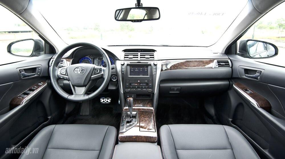"""Toyota Camry 2.5Q 2015: Xe cho """"sếp"""" trẻ - Hình 5"""