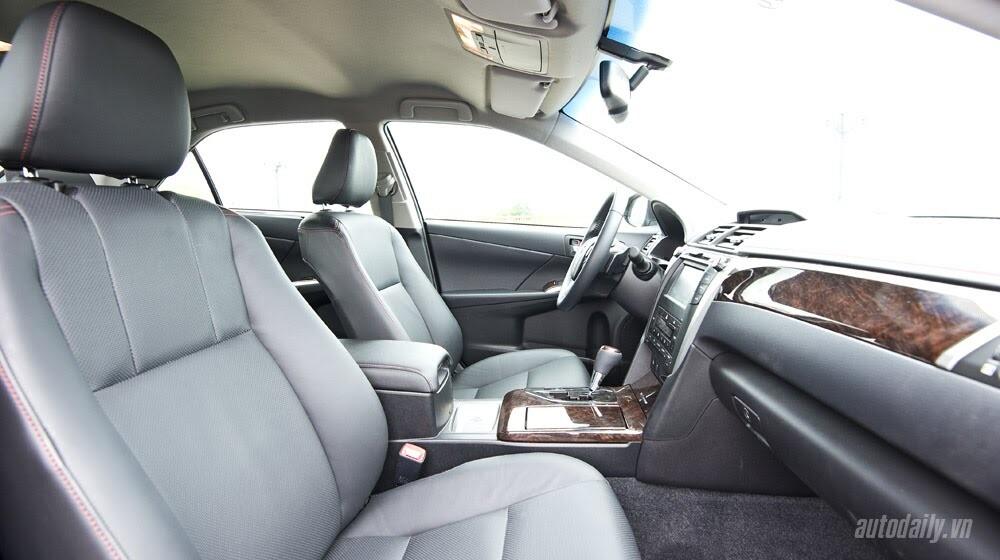 """Toyota Camry 2.5Q 2015: Xe cho """"sếp"""" trẻ - Hình 6"""