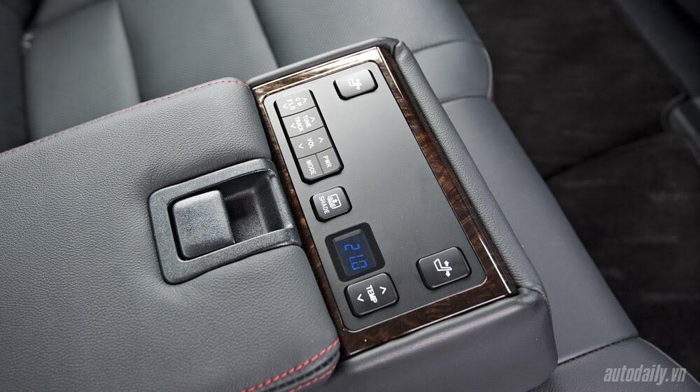 """Toyota Camry 2.5Q 2015: Xe cho """"sếp"""" trẻ - Hình 7"""