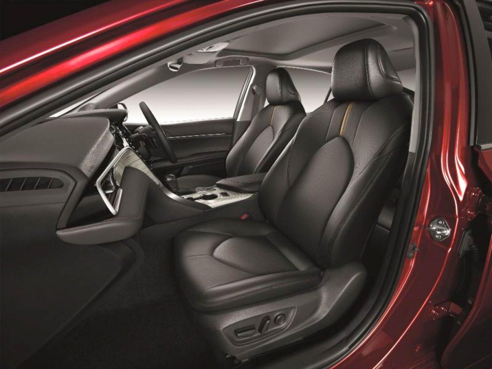 Toyota Camry thế hệ mới đã về đến Việt Nam - Chuẩn bị ra mắt công chúng - Hình 10