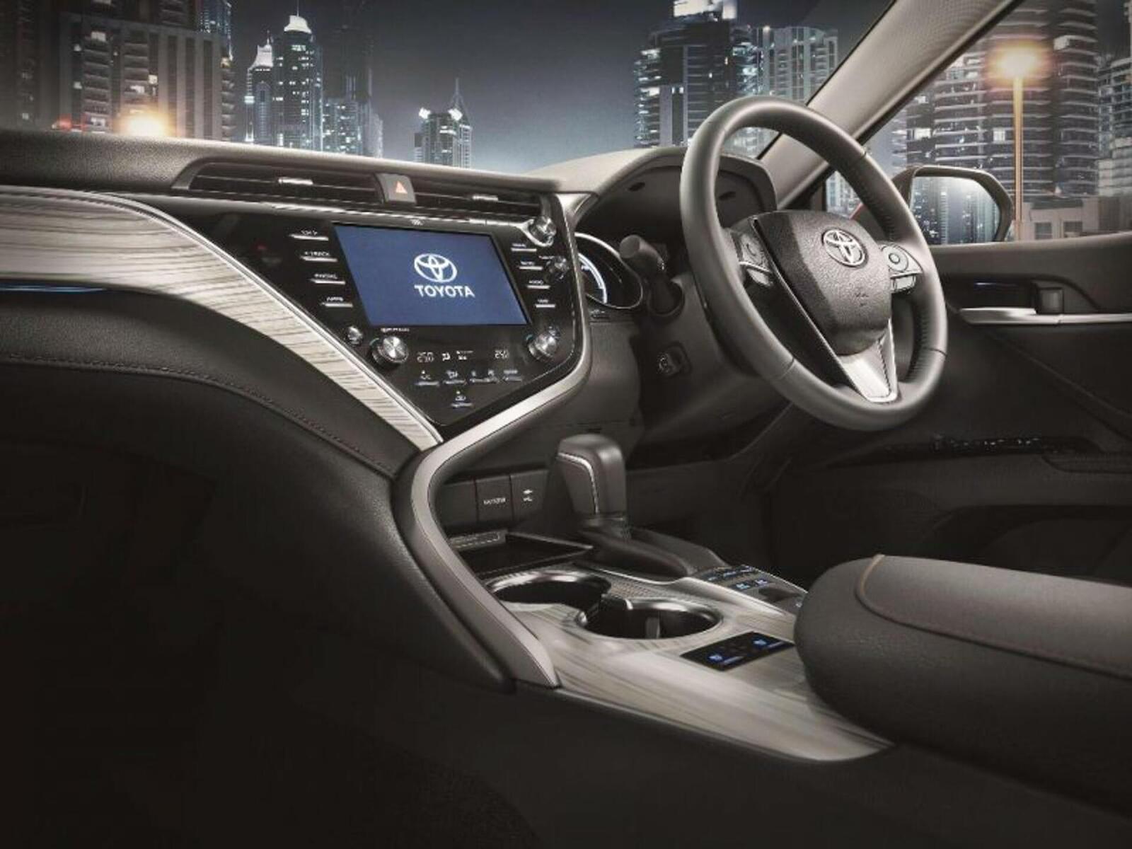 Toyota Camry thế hệ mới đã về đến Việt Nam - Chuẩn bị ra mắt công chúng - Hình 12