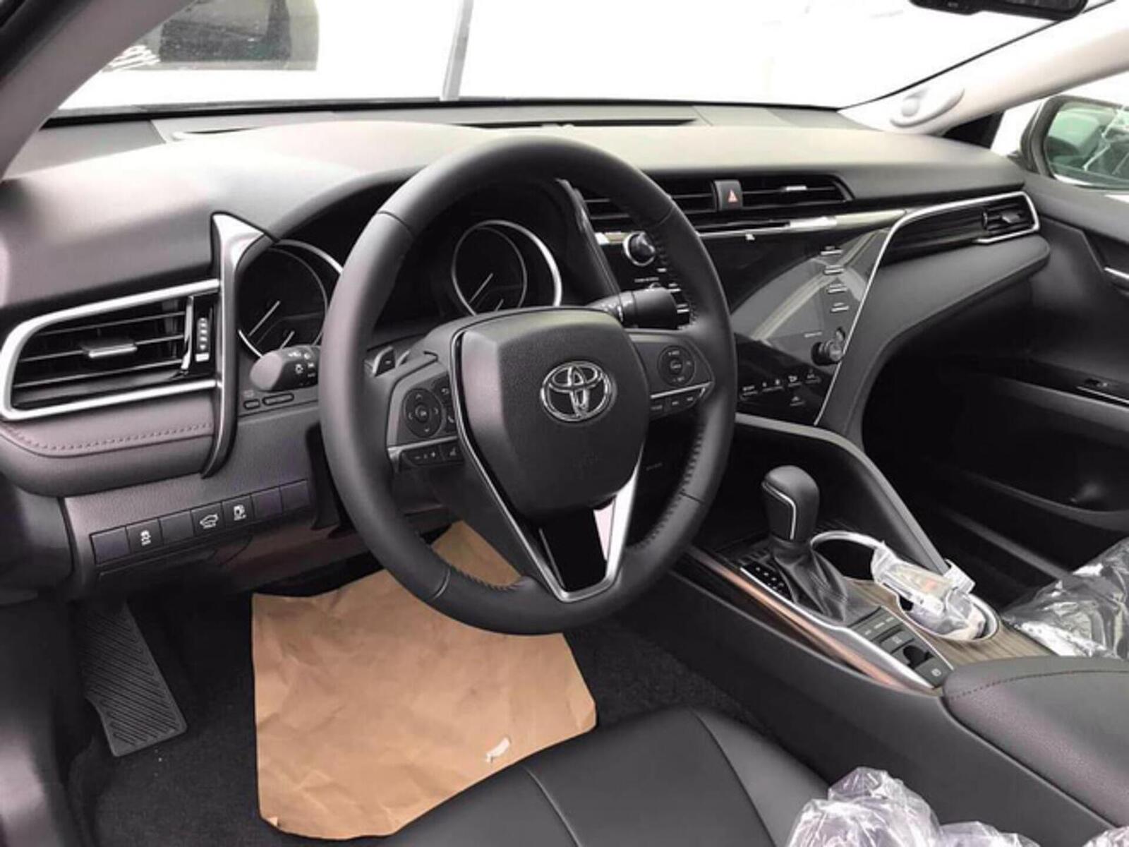 Toyota Camry thế hệ mới đã về đến Việt Nam - Chuẩn bị ra mắt công chúng - Hình 5