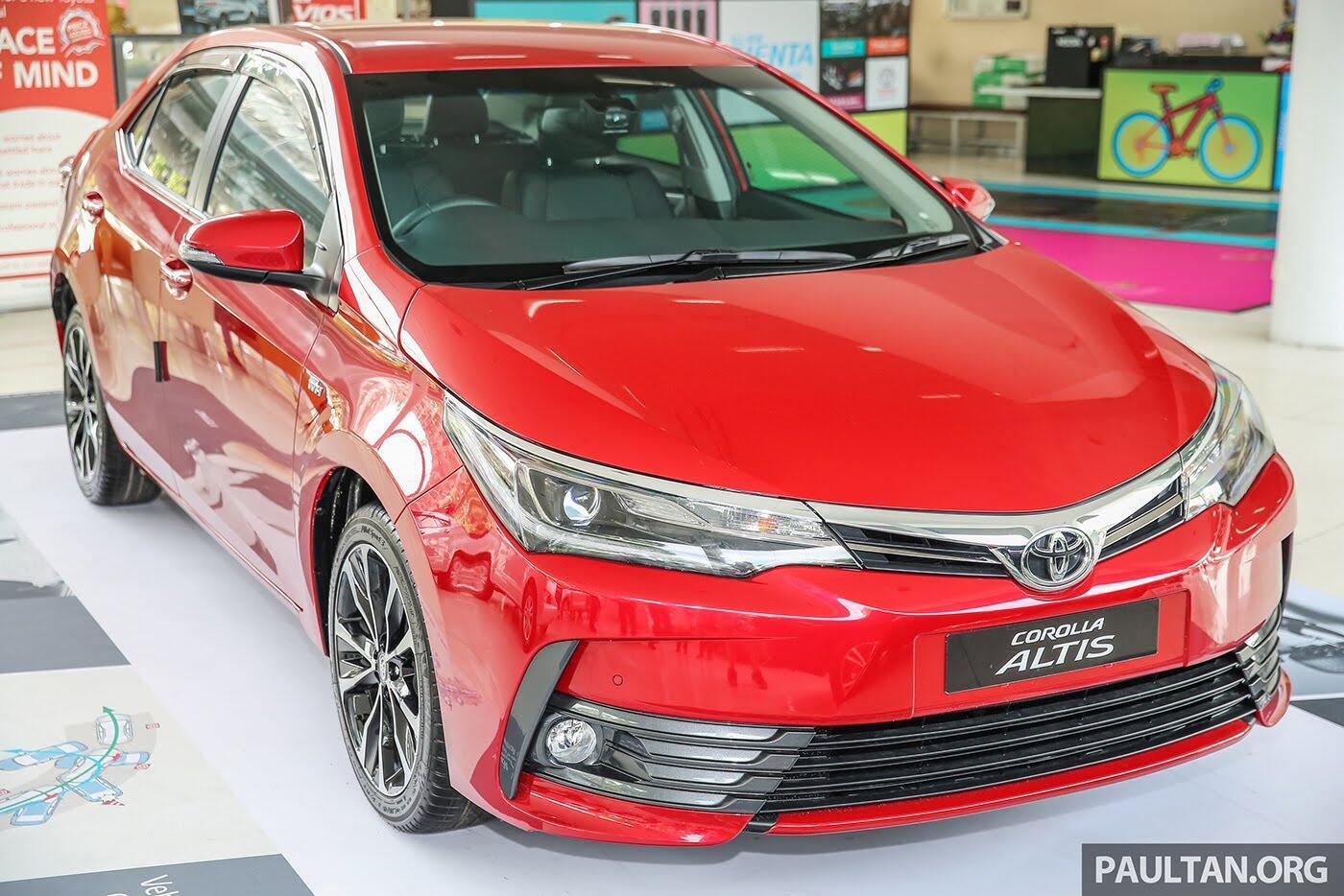 """Toyota Corolla Altis 2017 được trang bị thêm """"đồ chơi"""" cực chất - Hình 3"""