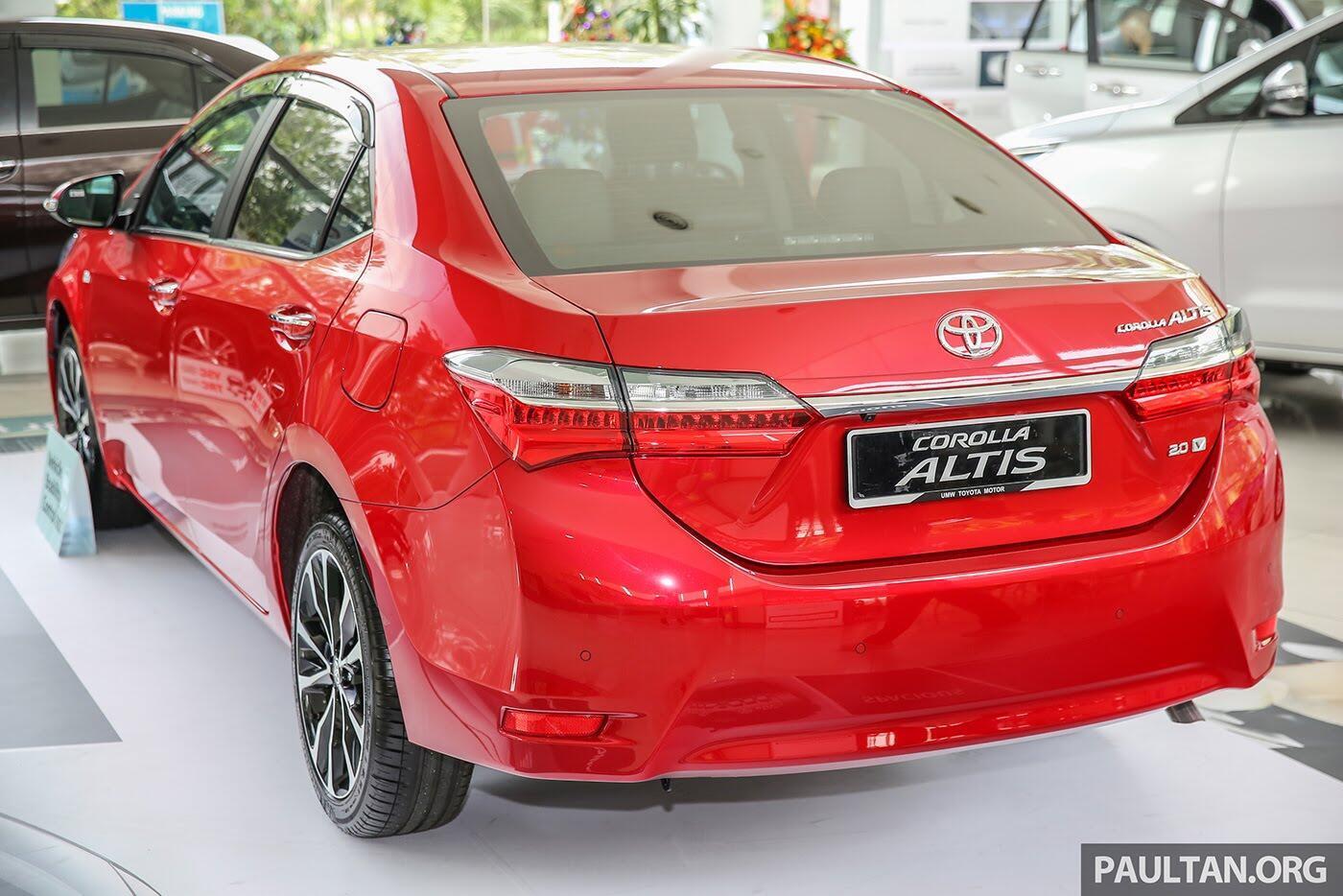 """Toyota Corolla Altis 2017 được trang bị thêm """"đồ chơi"""" cực chất - Hình 5"""