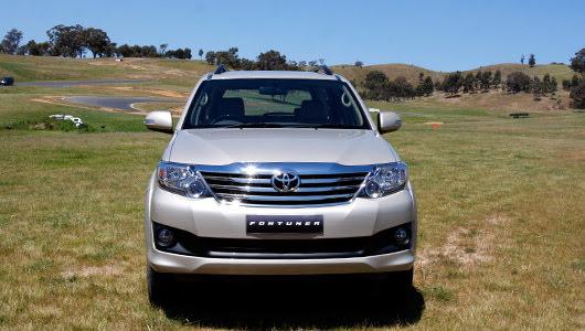 Toyota Fortuner V 2WD 2012 - Từ núi, xuống phố - Hình 1