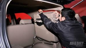 Toyota Fortuner V 2WD 2012 - Từ núi, xuống phố - Hình 8