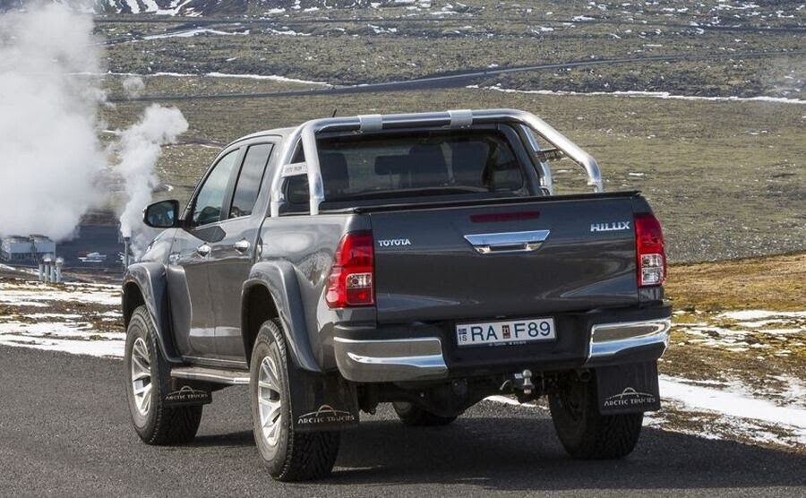 Toyota giới thiệu phiên bản Hilux Arctic Trucks AT35 mới - Hình 3