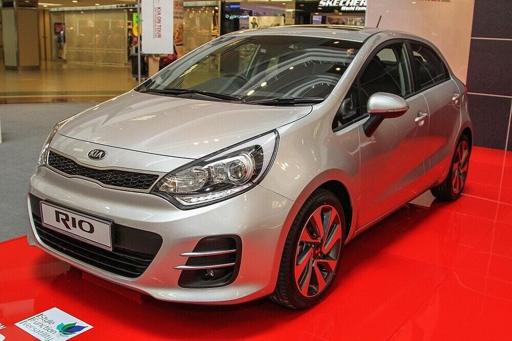 Kia Rio 1.4 AT 2015 là mẫu xe giữ giá tốt nhất sau 3 năm sử dụng, giảm 8,2% so với giá xe mới. Ảnh: Paultan