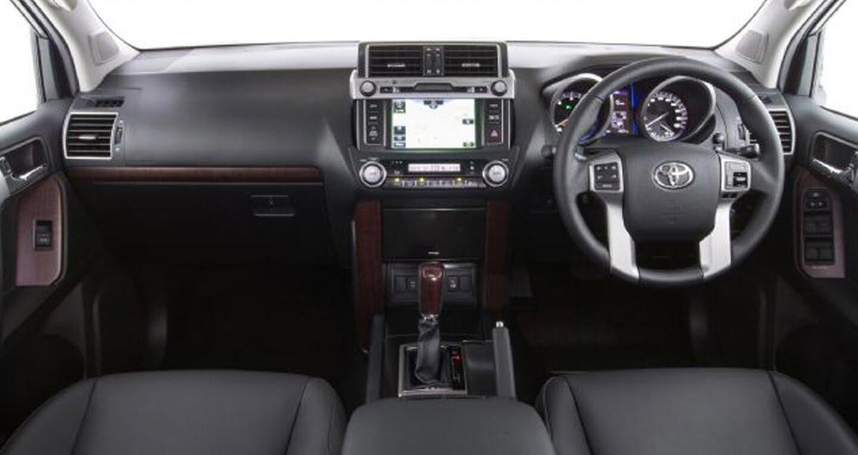 """Toyota Land Cruiser Prado 2018 tiếp tục lộ """"ảnh nóng"""" - Hình 7"""