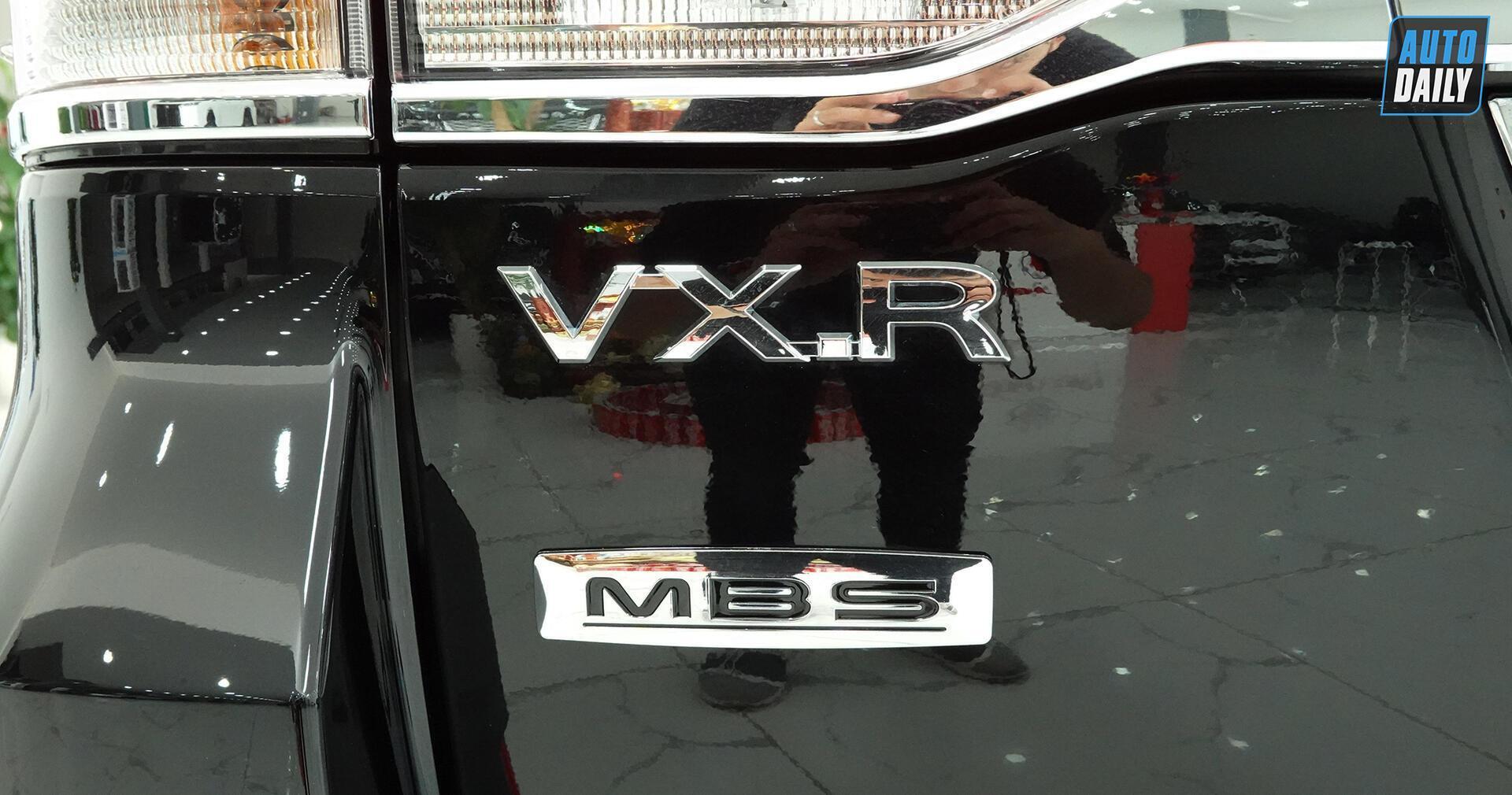 toyota-land-cruiser-vx-s-2020-do-mbs-4-cho-ve-viet-nam