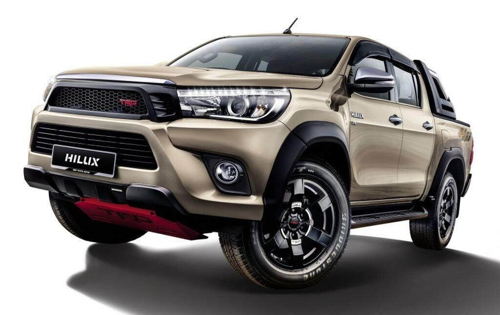 Toyota Malaysia tung loạt phụ kiện mới cho Hilux và Sienta - Hình 1
