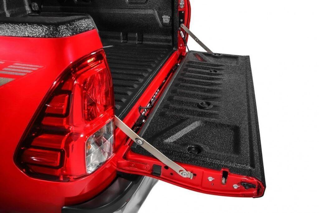 Toyota Malaysia tung loạt phụ kiện mới cho Hilux và Sienta - Hình 2