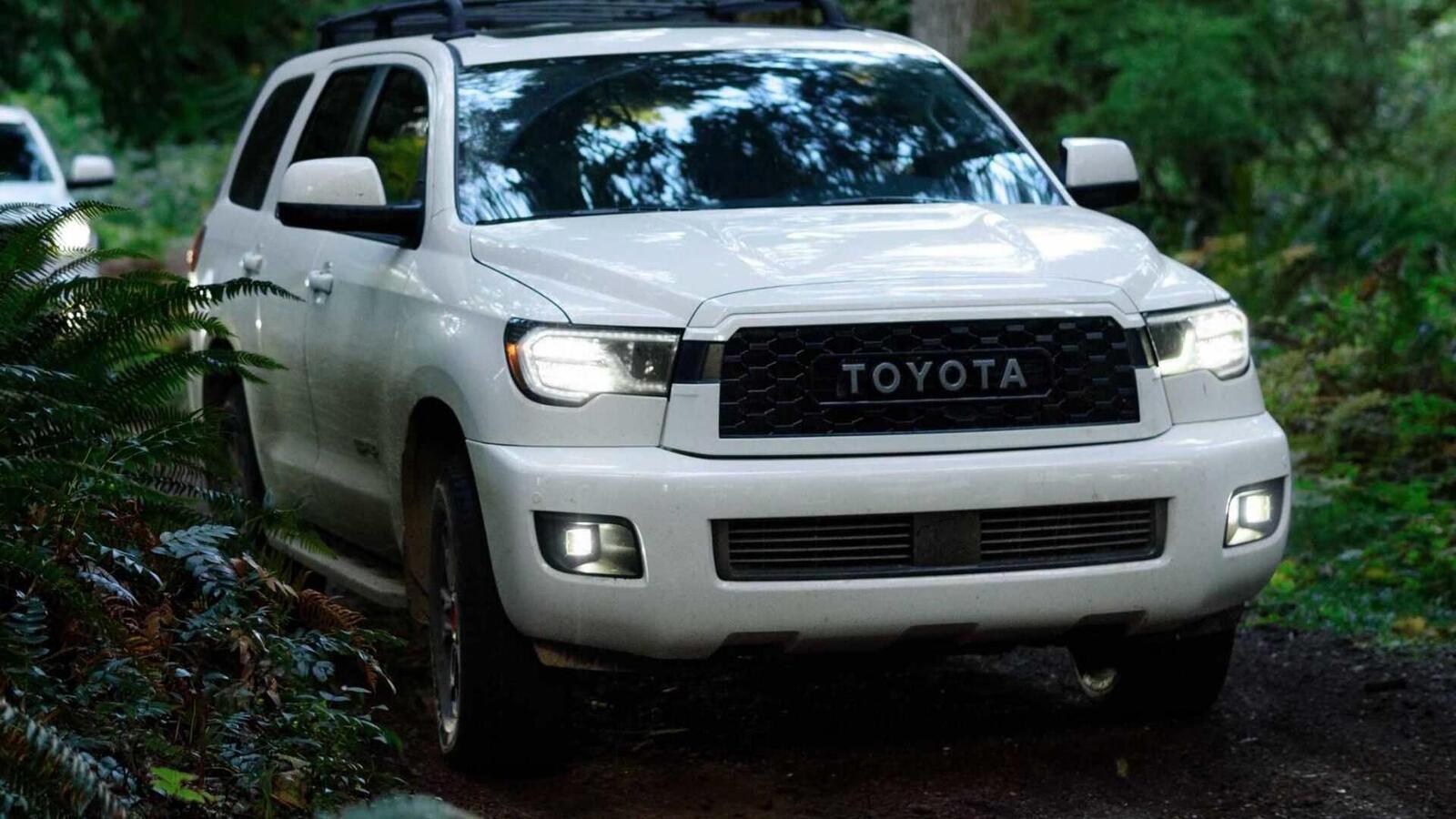Toyota Sequoia TRD Pro 2020 ra mắt; trang bị phuộc FOX cải thiện khả năng vận hành - Hình 1