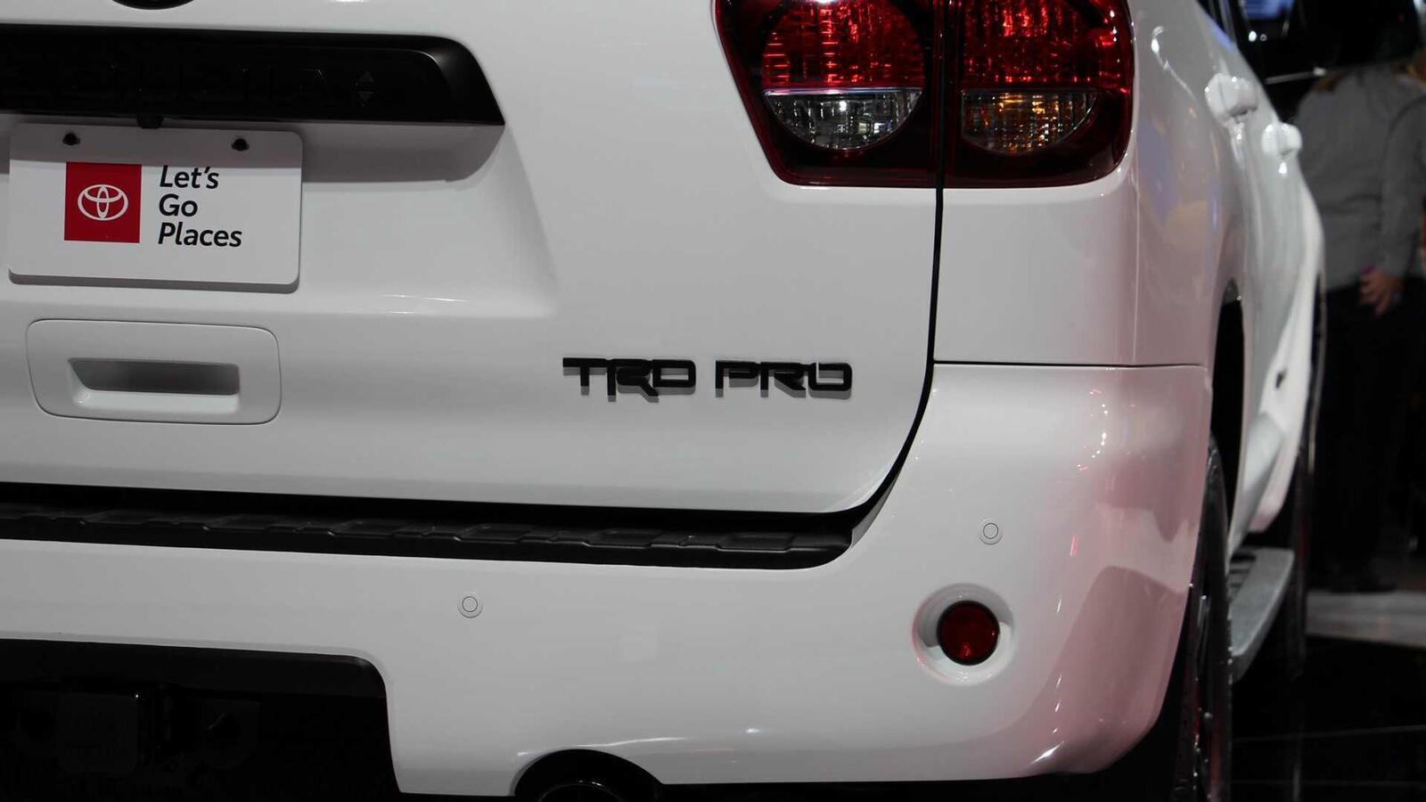 Toyota Sequoia TRD Pro 2020 ra mắt; trang bị phuộc FOX cải thiện khả năng vận hành - Hình 10