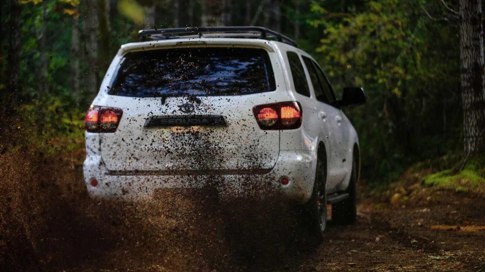 Toyota Sequoia TRD Pro 2020 ra mắt; trang bị phuộc FOX cải thiện khả năng vận hành - Hình 21