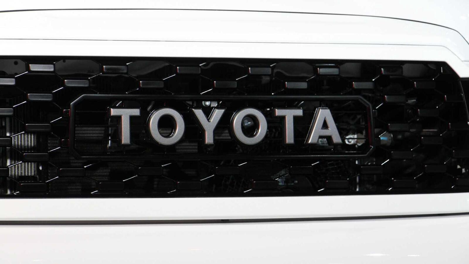 Toyota Sequoia TRD Pro 2020 ra mắt; trang bị phuộc FOX cải thiện khả năng vận hành - Hình 6