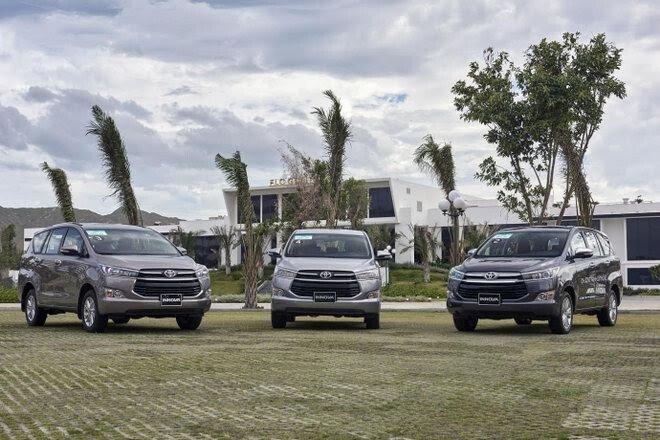 """Toyota tiếp tục """"đại hạ giá """" xe lần 2 trong tháng - Hình 2"""