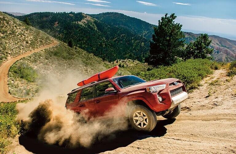 Toyota tung ảnh teaser