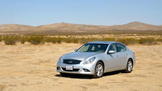 Tự lái Infiniti G37 xuyên qua sa mạc Nevada, nước Mỹ - Hình 6