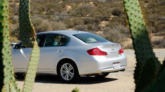 Tự lái Infiniti G37 xuyên qua sa mạc Nevada, nước Mỹ - Hình 20