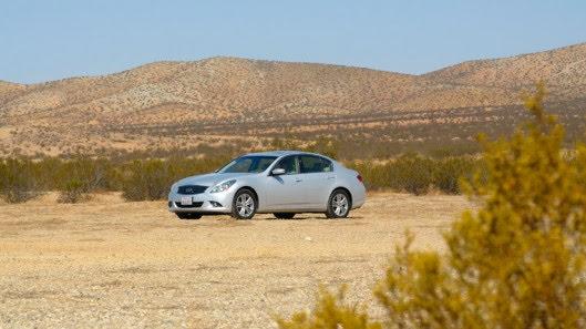 Tự lái Infiniti G37 xuyên qua sa mạc Nevada, nước Mỹ - Hình 22