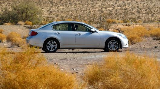 Tự lái Infiniti G37 xuyên qua sa mạc Nevada, nước Mỹ - Hình 24