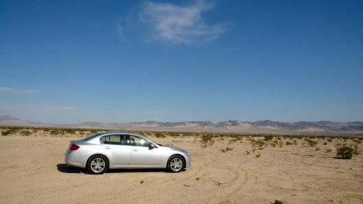 Tự lái Infiniti G37 xuyên qua sa mạc Nevada, nước Mỹ - Hình 25